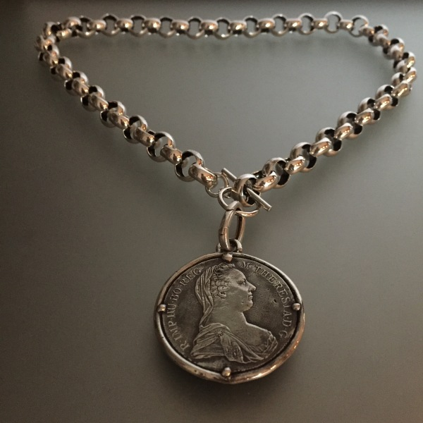 Belcher with Chunky Coin Pendant